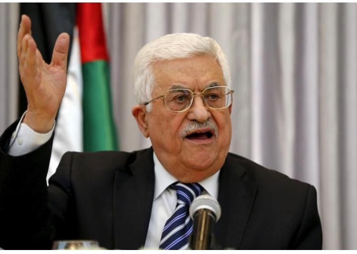 ANALISI. Abu Mazen rinvia le elezioni. Proteste palestinesi, applaudono in silenzio Usa e Israele