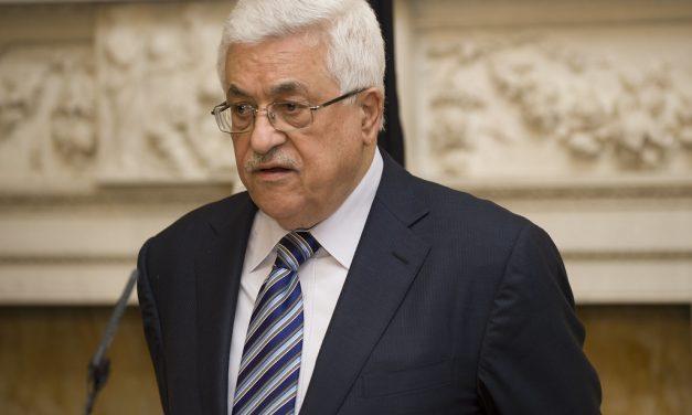 PALESTINA. Intellettuali e accademici contro Abu Mazen: dimettiti subito