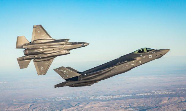 PROSSIME GUERRE IN MEDIO ORIENTE. Caccia e aerei-spia di Israele si esercitano in Italia